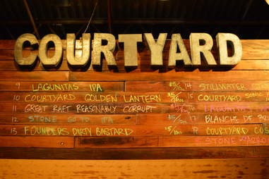 courtyard brewery new orleans beer bar
