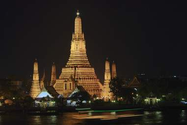 thailand wat arun at night