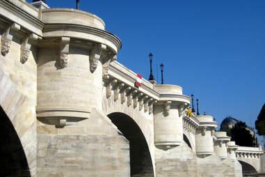 Mascaroon in Paris