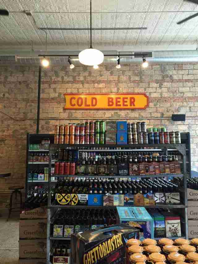 8 degrees plato beer store detroit