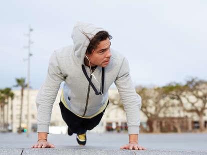 outdoor workouts, outdoor pushups, pushups