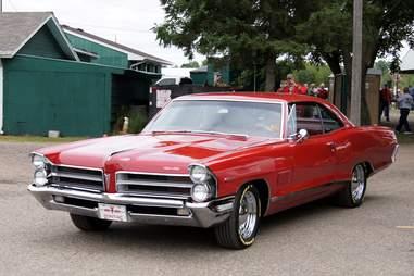 1964 Pontiac 2+2