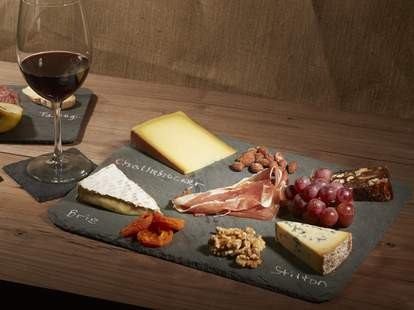 wine and cheese pairing how to pair wine and food