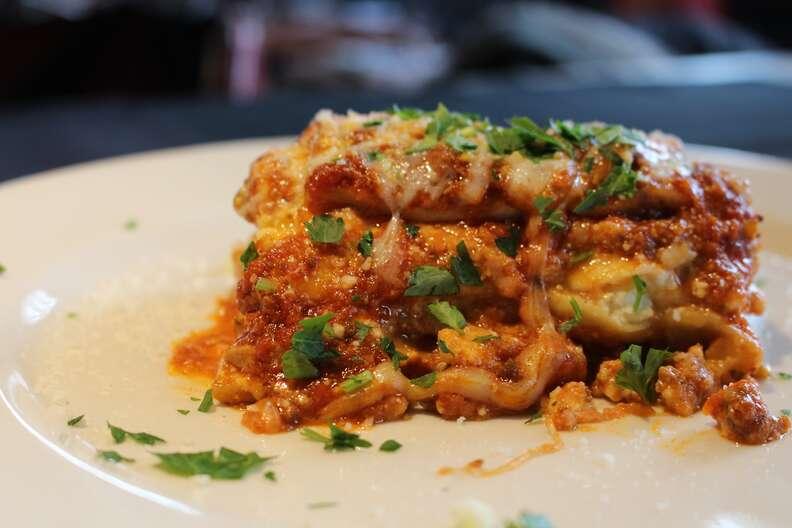 Mucci's Italian, Mucci's Italian lasagna
