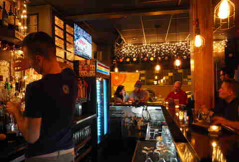 Jukebox beer bar