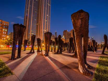 walkers public sculpture chicago weird things in chicago