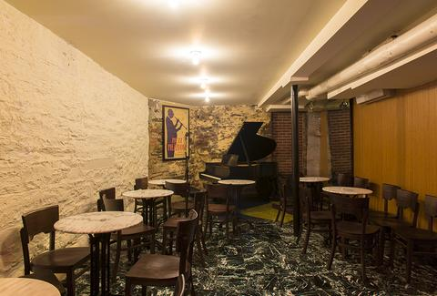 piano at Mezzrow Jazz Club