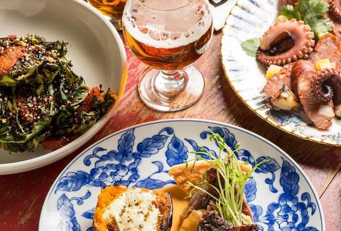 Bangers & Lace plates octobus bread beer cabbage chicago thrillist