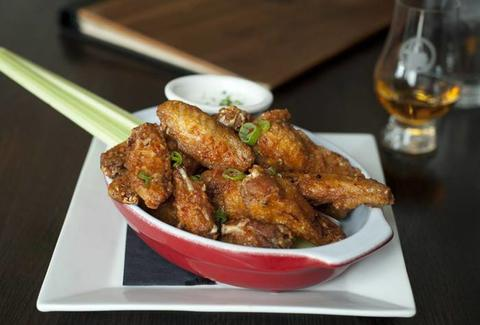 Fountainhead Chicago chicken wings thrillist food
