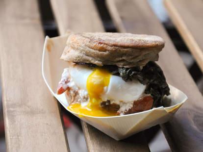breakfast sandwich at Smorgasburg