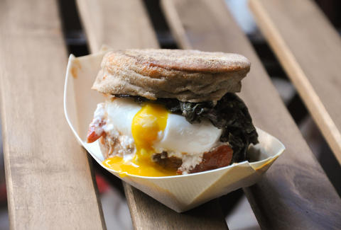 breakfast sandwich at Smorgasburg