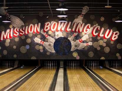 Bowling Lanes at Mission Bowling Club