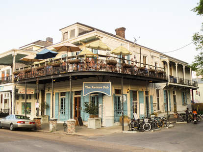 avenue pub new orleans