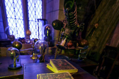 Hogwarts universal studios hollywood spells