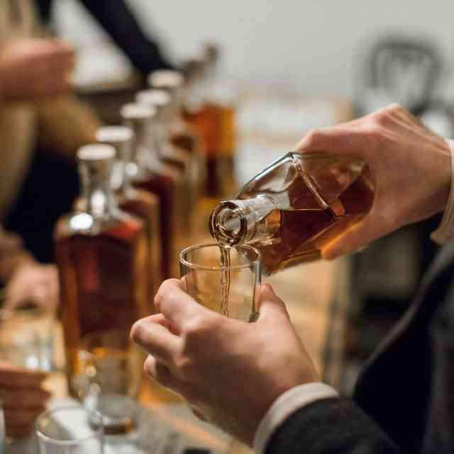 A Citywide Guide to the Best Whiskey Bars in Detroit
