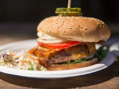 Cheeseburger at Zeitgeist