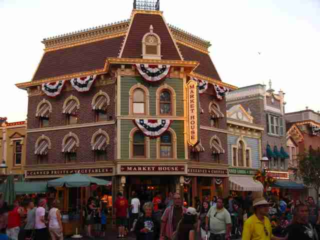 Market House Disneyland, Main Street USA
