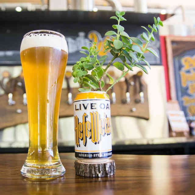 Why Two Decades Is Worth the Wait for Canned Live Oak Beer