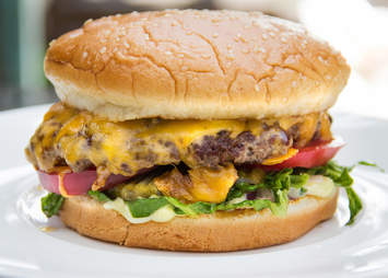 cheeseburger, red meat