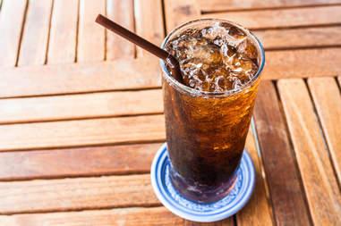soda, soda on ice, soda in a glass