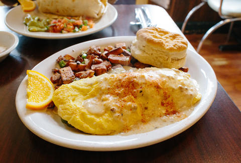 brunch omelete and biscuit
