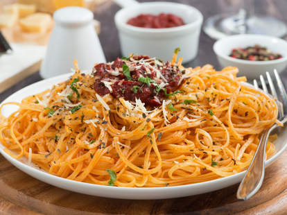 spaghetti, pasta, italian food