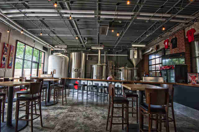 Firetrucker Brewing, Firetrucker Brewing taproom