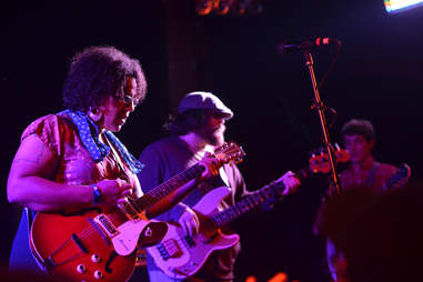 alabama shakes live in concert