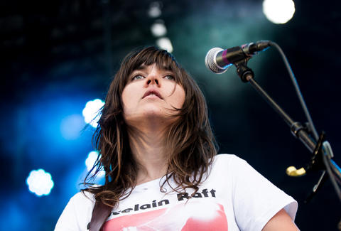 courtney barnett live in concert
