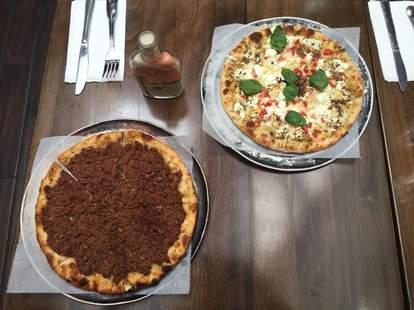 Pizza at Dar 525