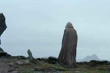 luke skywalker tombstone - star wars force awakens