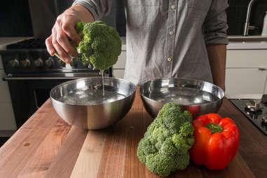how to wash vegetables kitchen skills