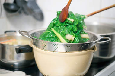 blanching vegetables kitchen skills