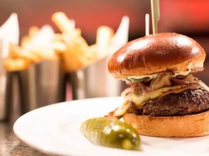 Burger at The Gage