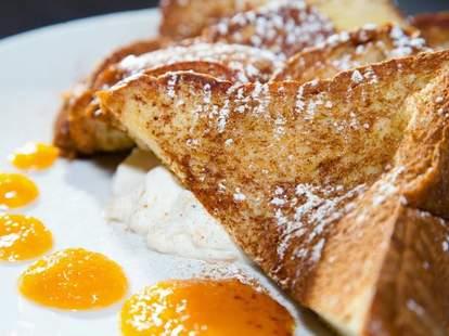 Kanela Breakfast Club french toast chicago thrillist