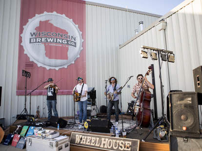 WISCONSIN BREWING company outdoor concert band thrillist