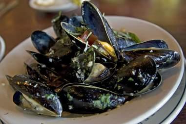 penn cove mussels seattle