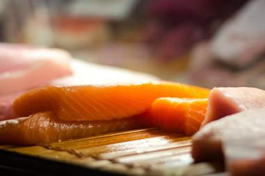salmon sushi seattle