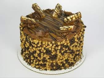 Ponzio's Diner-Bakery-Bar, snickers cake