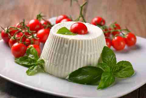 Ricotta cheese with grape tomatoes