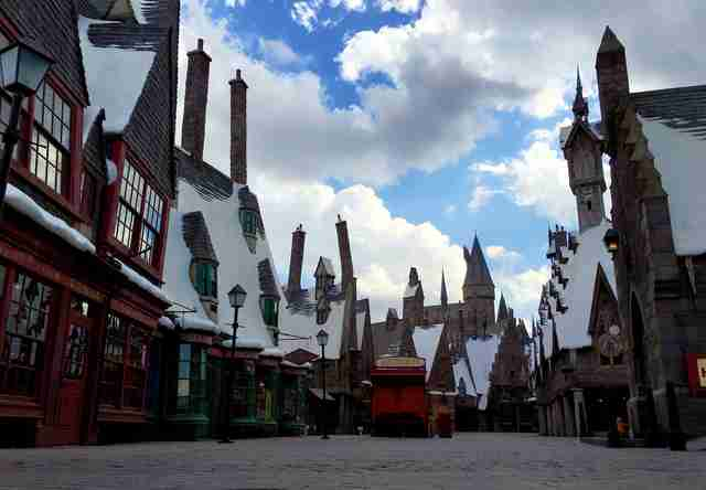 wizarding world of harry potter, hogsmeade village