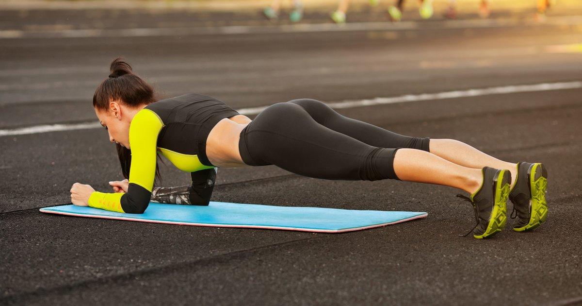 A 15-Minute Bodyweight Workout Routine - Thrillist