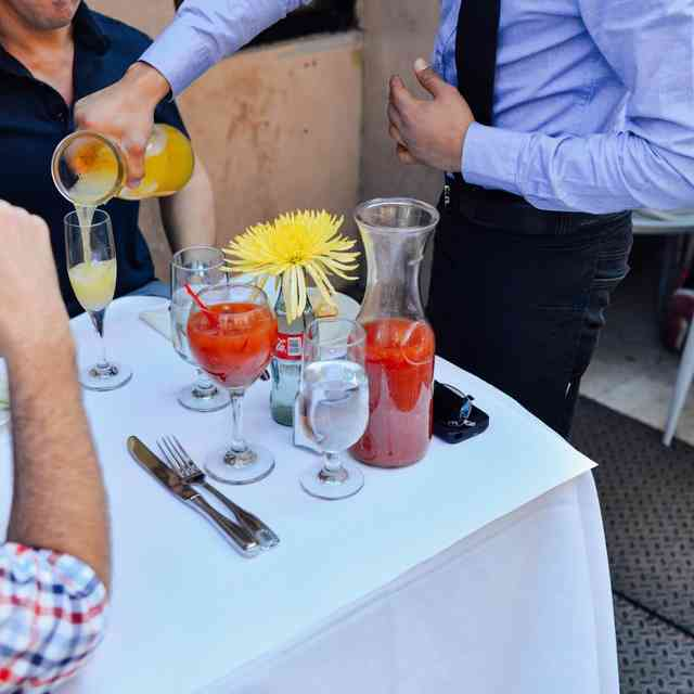 NYC May Allow Sunday Boozy Brunches to Start Earlier
