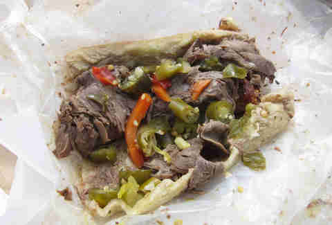 Italian beef at Johnnie's beef