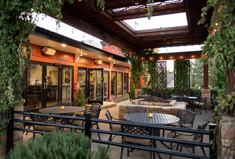 New Outdoor Bars In Dallas Thrillist