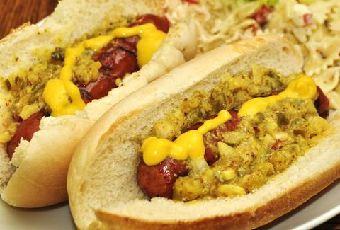 hot dog chicago thrillist