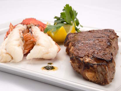 surf and turf, lobster, steak, lobster and steak