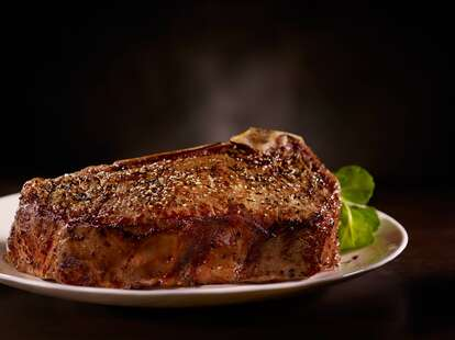 Del Frisco's Double Eagle Steak House steak close up thrillist