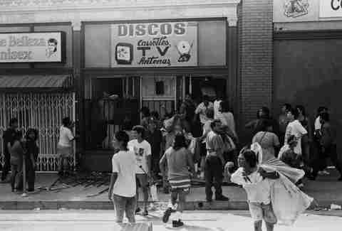 LA Riots 1992 Looters