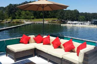 Flowery Branch, GA houseboat, Airbnb